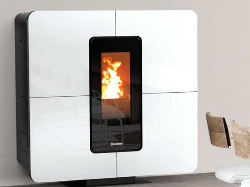 Ecofiamma stufe a legna pellet e caminetti termostufe for Thermorossi slimquadro idra maxi